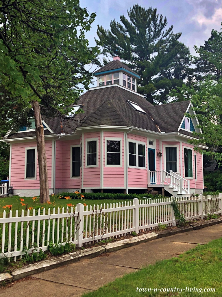 Pink Victorian Cottage with White Picket Fence in Michigan