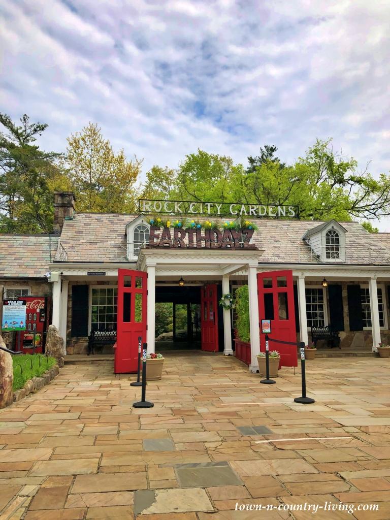 Entrance to Rock City Garden in Georgia