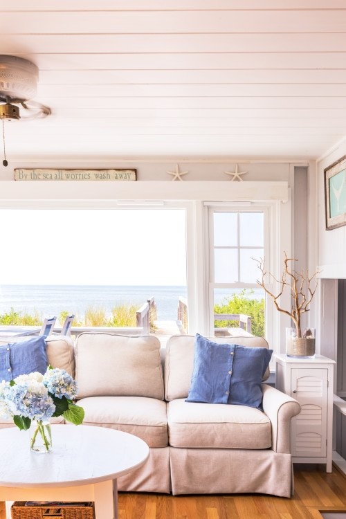 Cottage by the Sea with Oceanfront View
