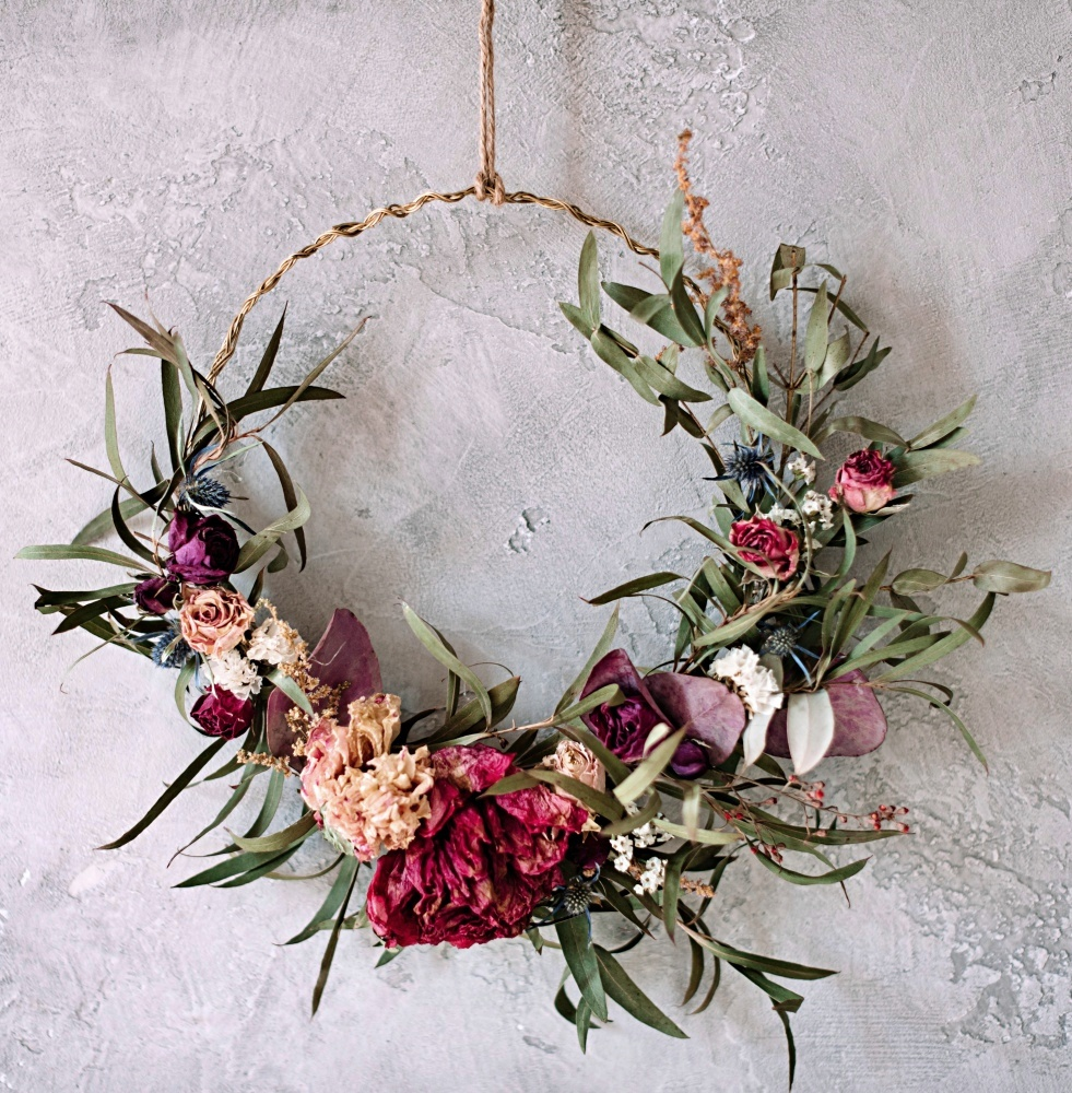 Dried Summer Wreath in Pink and Rose