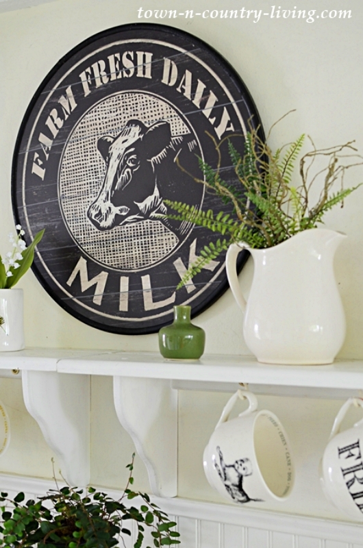 Cow Dairy Sign - Farm Animal Art in the Kitchen