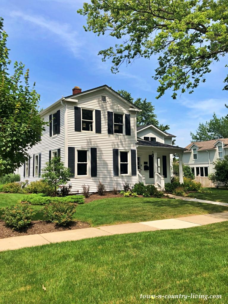 White Modern Farmhouse with Black Trim