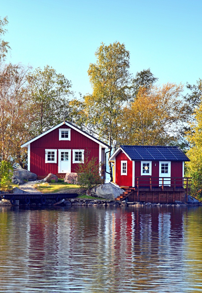 Colorful Cottages on the Lake