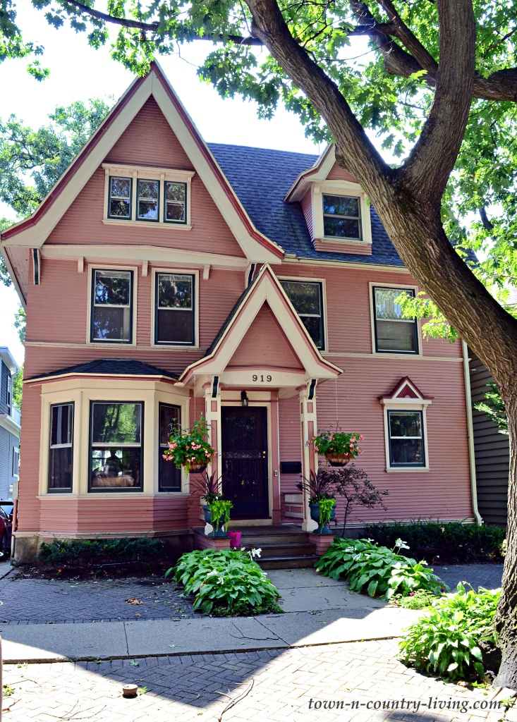 Pink Victorian Home in Jenifer-Spaight Historic District