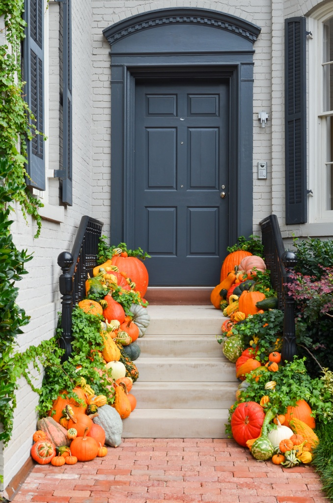 Fall Decorating Ideas for the Front Porch