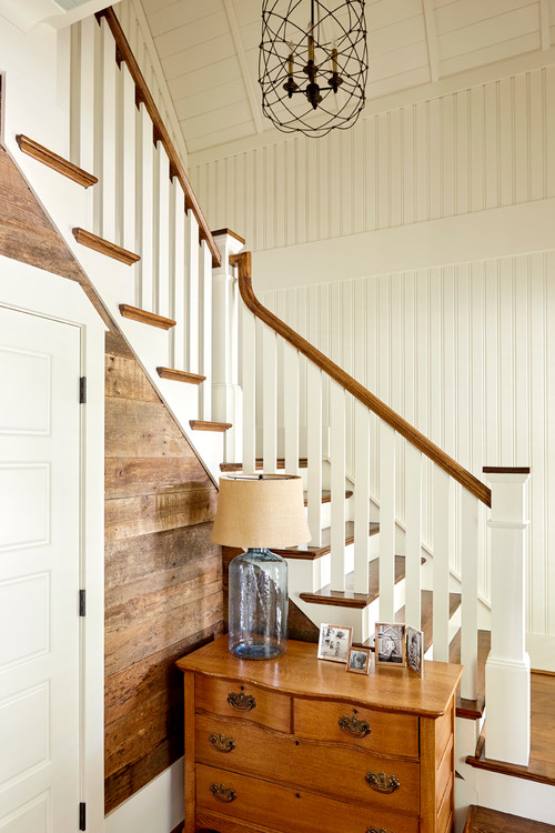 Stairway in Cottage Style  Bungalow Entryway