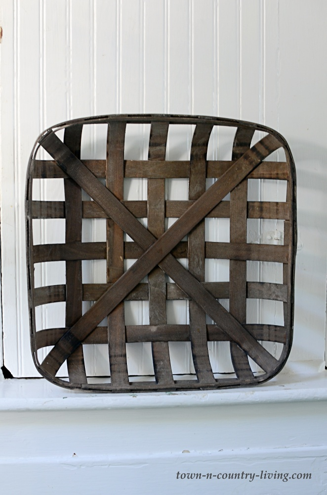 Tobacco Basket Picture Frame
